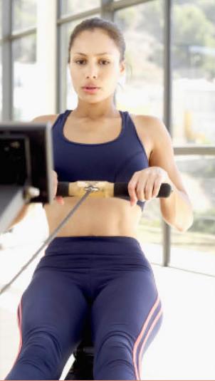 延展時,身體的每一個屈伸動作和手臂動作,使人體大部分的伸長肌都參與了運動,這對平時極少參與運動的伸長肌來說十分有益。