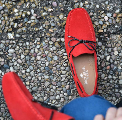 除了鞋子的設計夠fashion外,顏色也是一大亮點。
