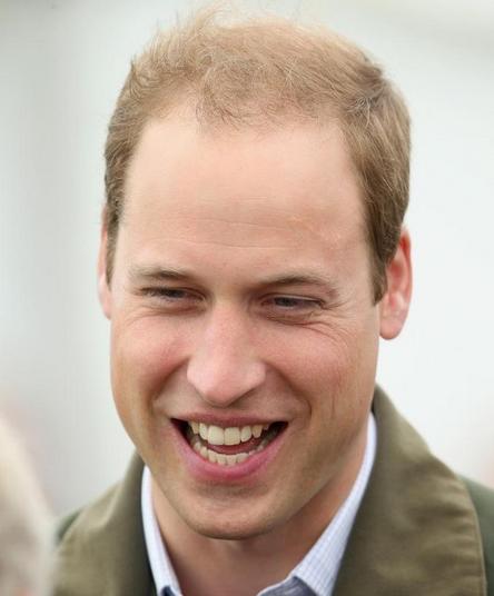 眾網友紛紛留言:趕快給英國皇室推薦,感覺這門手藝要發達了,搞不好做得好還給你賜個爵位吶!