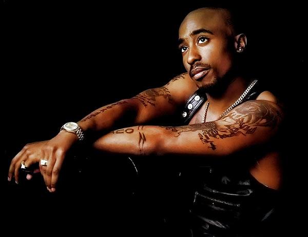 但是在人們喜愛的「黑人hip hop」音樂當中還是會不時地出現~