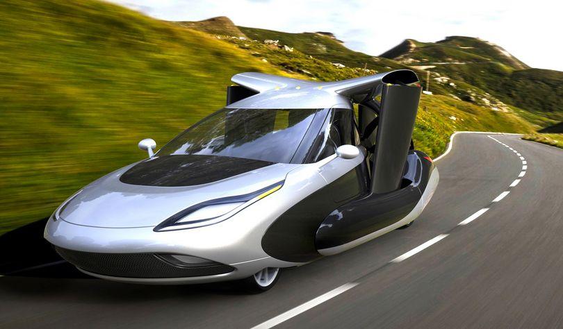 Terrafugia成立於2006年,由幾位畢業於美國麻省理工大學的工程師為了共同的飛行車的夢想共同創辦,在公司的首頁可以看到「We make flying cars.」這樣的話。
