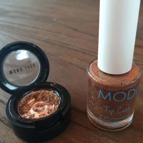 利用碎了的眼影  製造一瓶專屬於你  獨一無二的美麗指甲油吧!