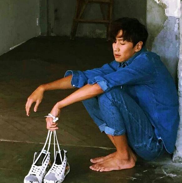 當然...靠著《RM》累積知名度後,他絕對不忘記當初他的夢想,那就是當個演員