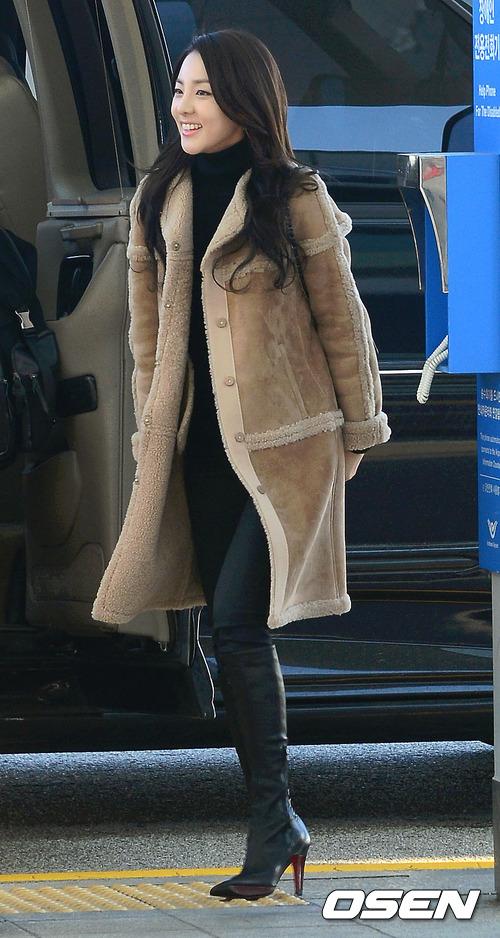 從以前就很希望挑戰演技的Dara,趁著2NE1暫停活動的期間,終於有機會一償宿願!更將與國民MC劉在錫搭檔主持~哇~也要朝藝能界發展了嗎!!??