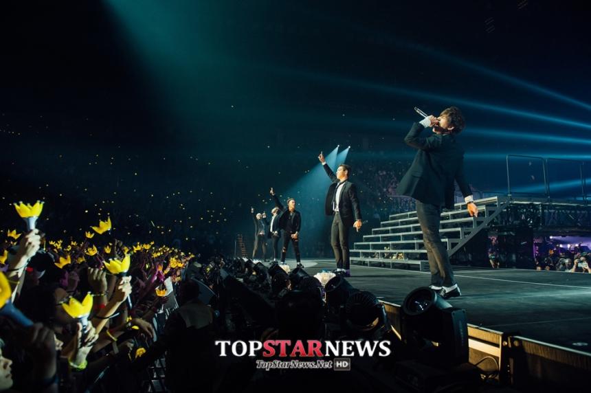 目前BIGBANG演唱會開到南美洲去,南美只在墨西哥開唱,但南美據說是KPOP另外一個大本營!當然票更難買、一開賣就旋即賣光光!當然當地的知名的藝人一定會用盡關係...欸~我是說想辦法接觸到BIGBANG本人啦~