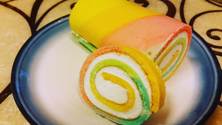軟軟的蛋糕+甜甜的奶油,吃起來滿滿的幸福感☆你~準備好了嗎?