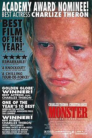 #2 <女魔頭>(2003) : 艾琳·沃諾斯(莎莉·賽隆飾) 童年悲慘冰冷,為了謀生,從13歲起艾琳就不得不開始出賣自己的身體。在萬念俱灰的時候遇到了同性戀人希爾,後來又為了希爾,連殺了六個男人,被稱為「美國第一個連環女殺手」
