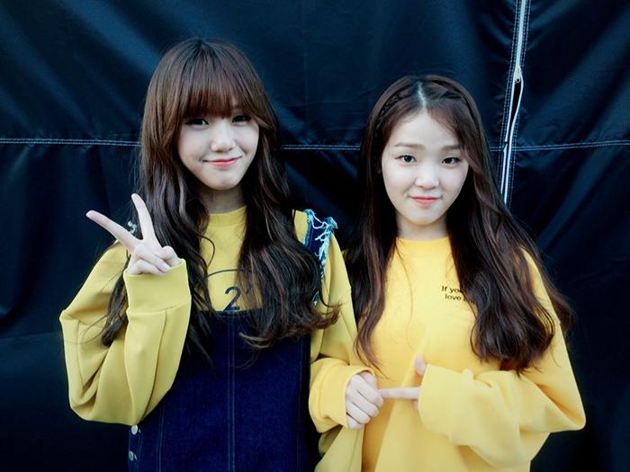 又是Mimi+Seung Hee組合! 兩個好像小雞哦ㅠ0ㅠ 請常常穿給我們家寶貝們黃色的衣服>0<./