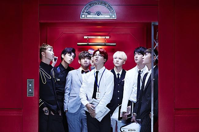 TOP 9: 防彈少年團《Dope》 第三張迷你專輯《花樣年華 pt.1》(2015/04)