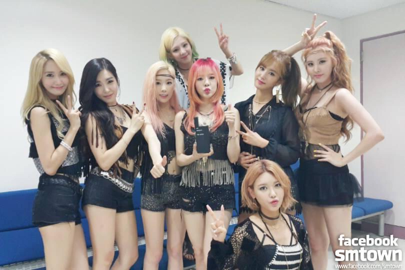 當少女時代全部站在一起的時候,才會覺得 Sunny 真的很小隻耶!