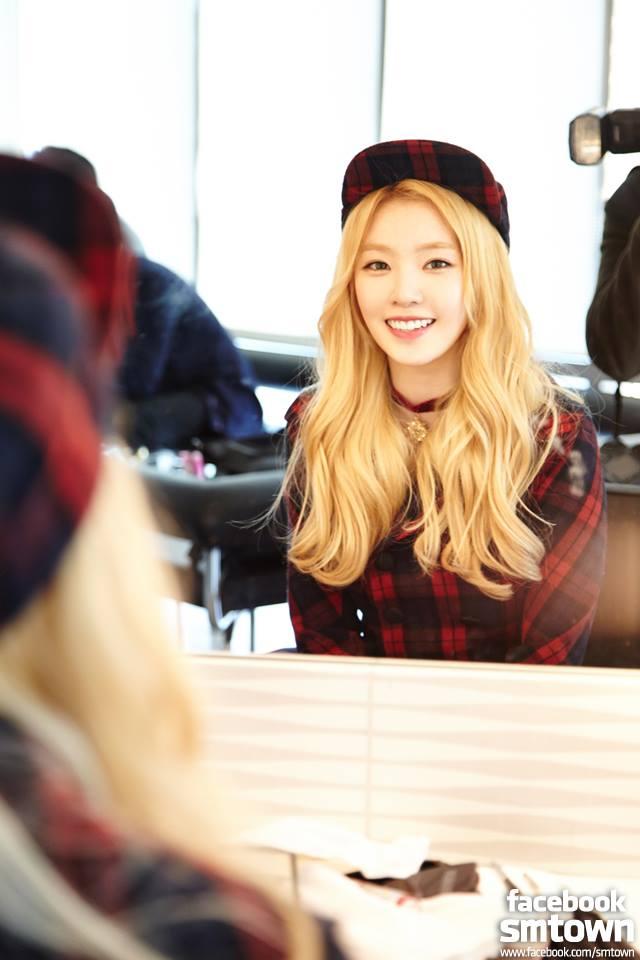 Red Velvet 的隊長「Irene」也是小隻女孩的代表喔!