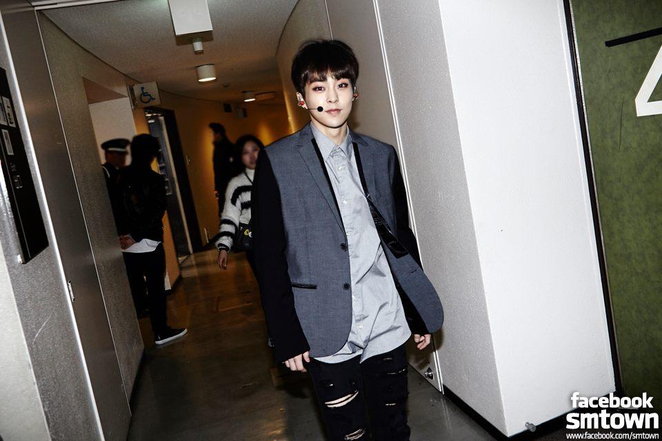 也屬於 EXO-M 成員的 XIUMIN 在韓國也擁有超高人氣喔!還記得有一次我要去麵包店買一款麵包,結果剛開口的時候,店員就說:「你是要買摩卡麵包嗎?那個今天賣完了喔!」沒關係,是 EXO 啊!