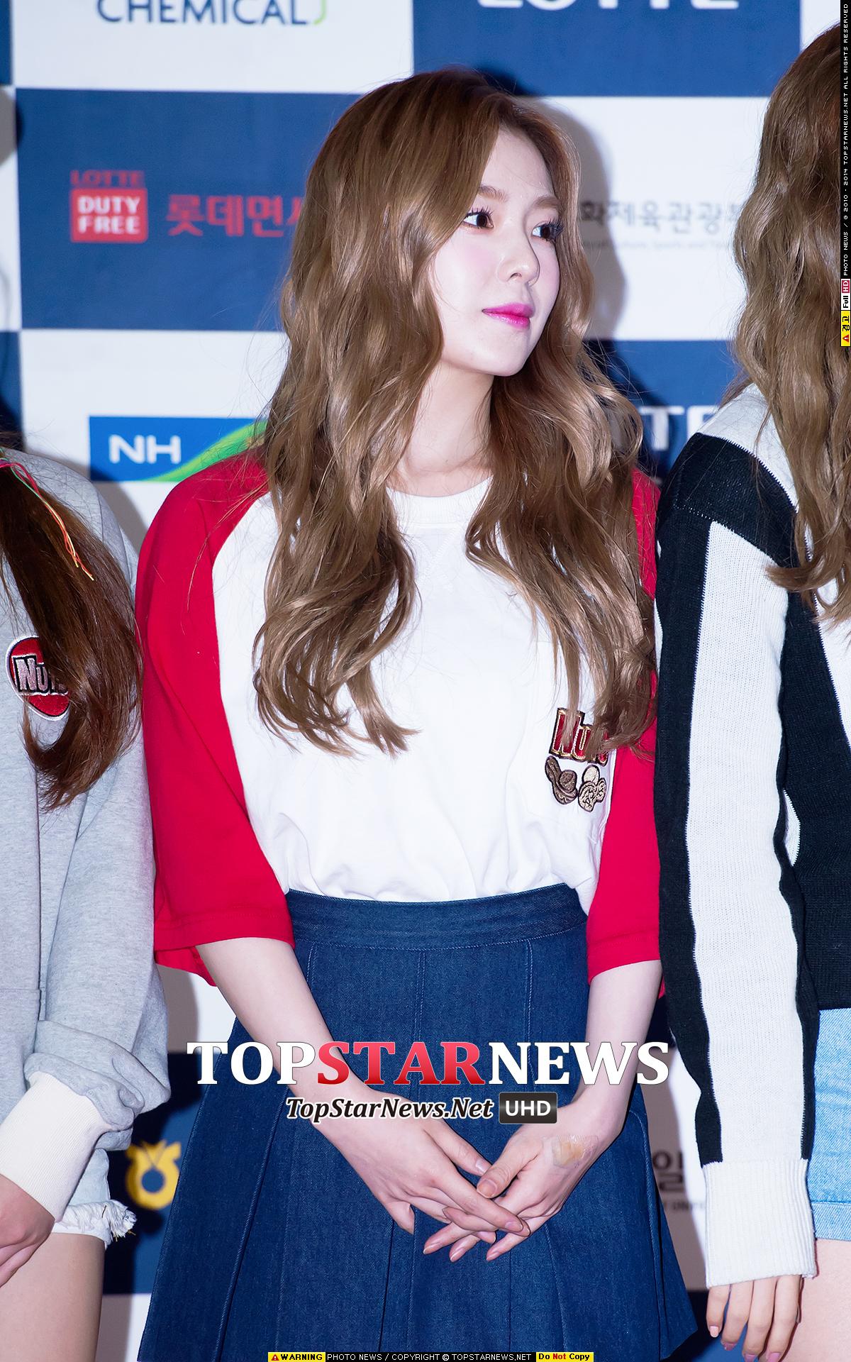 有望接替少女時代成為第一女團的Red Velvet隊長Irene也熱衷粉色唇妝~