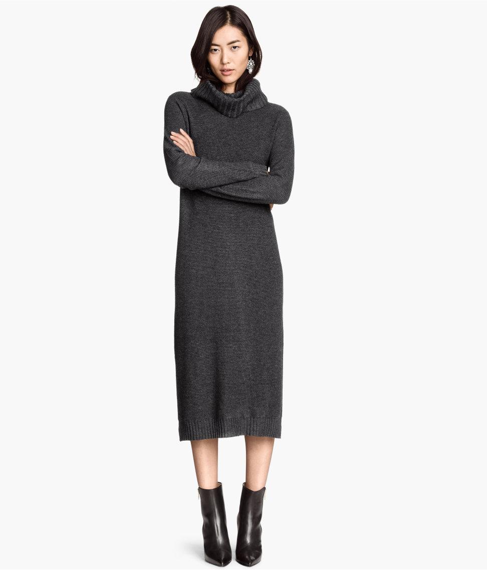 黑色的連身裙給人內斂時尚的感覺