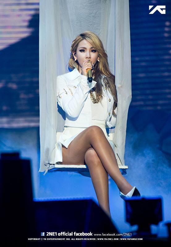 CL 是 2NE1 的隊長,今年開始進攻美國,成為在美國發展的韓國歌手。