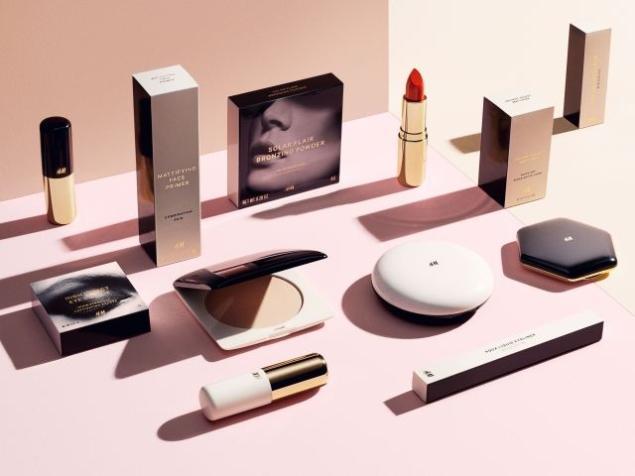 真相只有一個,那就是H&M Beauty美妝系列陸續上市了!700件商品,由保證時尚與價格親民的H&M 開發設計,在今年秋冬正式推出了。