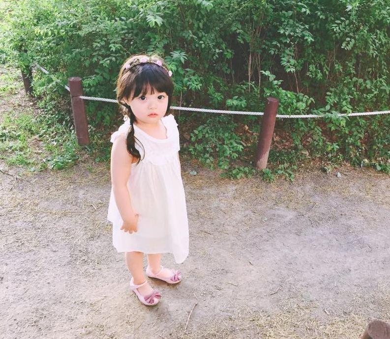 而且Jaeeun散發的氣氛非常與眾不同