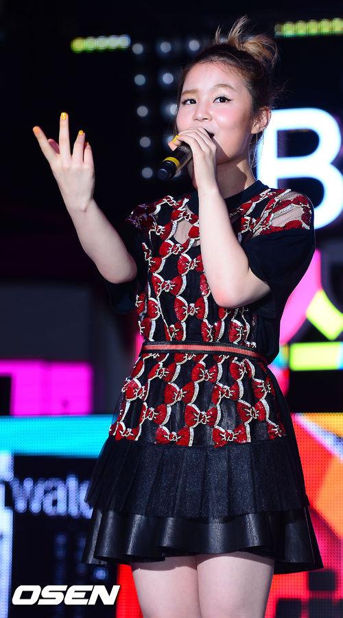Hi是2012年參加SBS選秀節目《KPOP STAR》第一季獲得亞軍之後,簽入了YG娛樂,當年她只有16歲呢~
