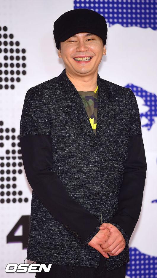 YG娛樂的社長你還笑得出來啊?你昨天不是才被罵翻嗎?
