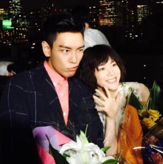 該劇講述的是原本各自擁有不同生活的韓國男子宇賢與日本女子Haruka為了克服曾在感情中受到的傷害,前往尋找新戀情的故事...本片將於11月2日通過韓國Naver TVcast與日本dTV首播。