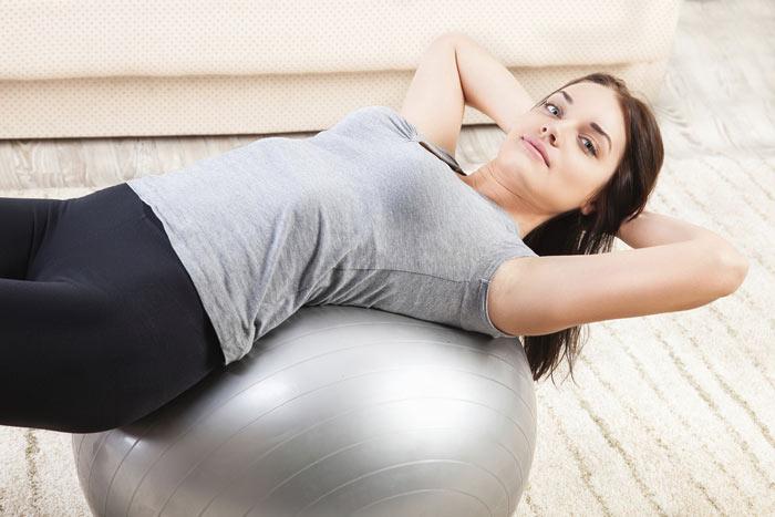 堅持每週進行5次以上 45~60分鐘的運動,可以減少乳癌的發生。