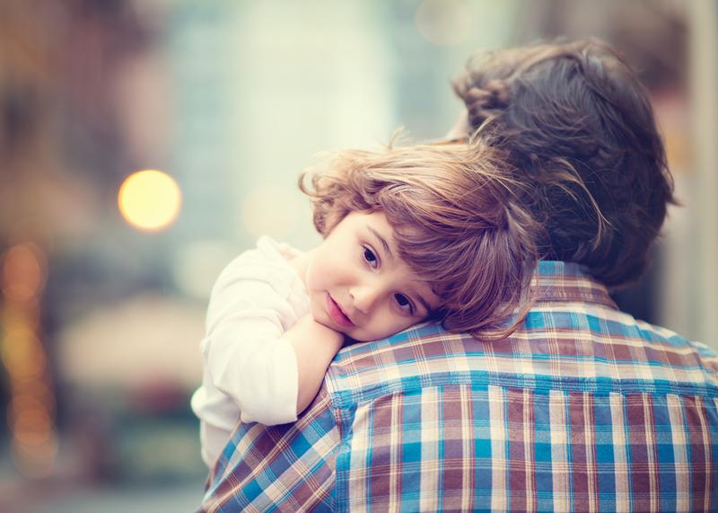 4. 像父母的外貌 女孩會被像爸爸的人吸引,男孩會被像媽媽的人吸引。