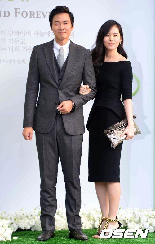 像是因為娶走韓佳人 而成為全韓國國民公敵的延政勳 (延政勳表情超得意!!)