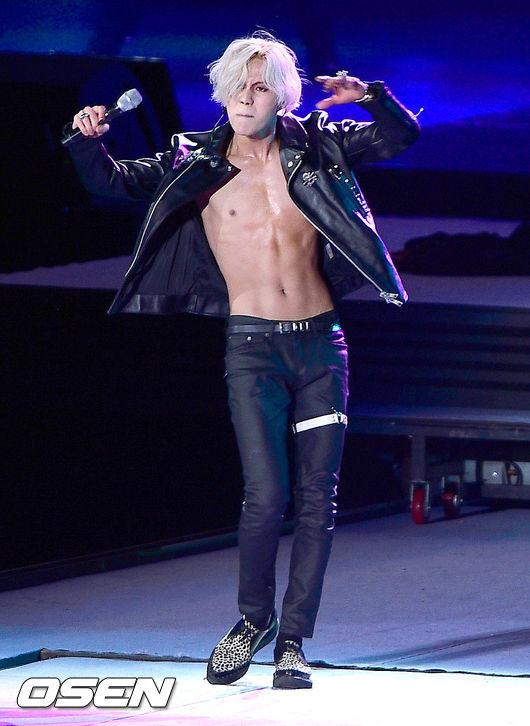 6.SHINee泰民 私底下很可愛又有點天然呆的泰民,跳起舞來不知道煞死多少少女啊(*゚∀゚*)