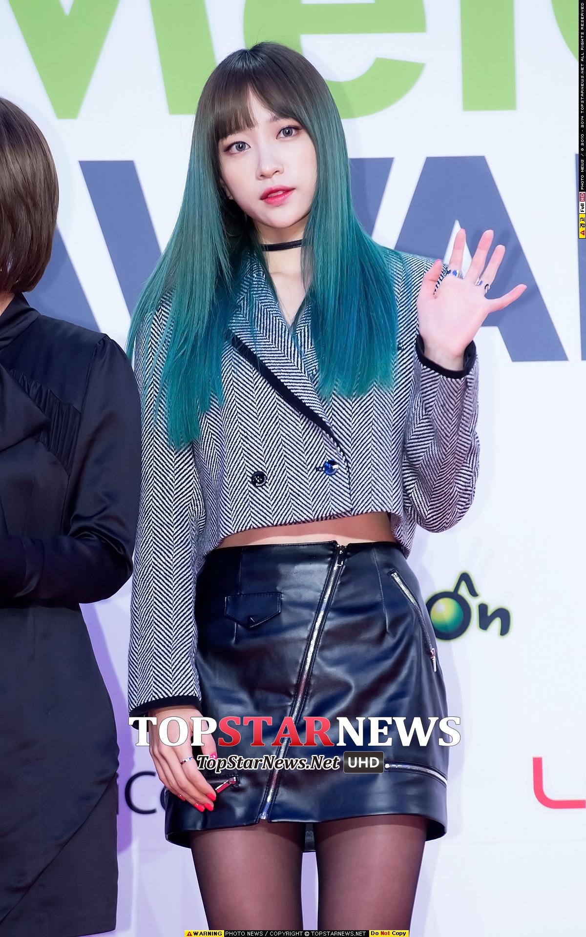 #6 哈妮 最近換上新髮色極積準備年底回歸的哈妮歐巴 想必是關注韓娛的人絕對不會不知道的火紅大勢