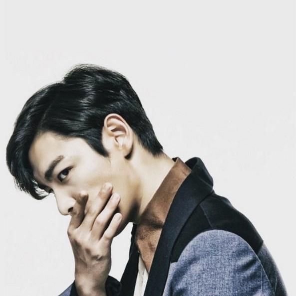 14.BIGBANG T.O.P 講到真男人也無法少了眼神殺手T.O.P啊XD雖然私底下很可愛,但是不得不承認舞台上的T.O.P真的是超迷人