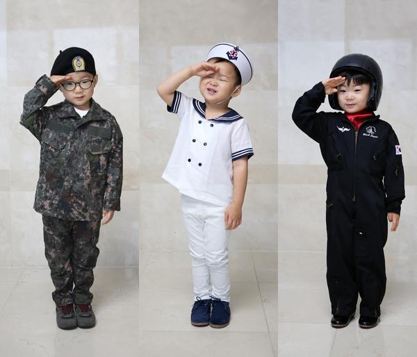 ★ 小小舞神絕對是你們 ★  說到小小舞神絕對要提到他們啊!沒錯沒錯!就是超可愛的「大韓 民國 萬歲」♥