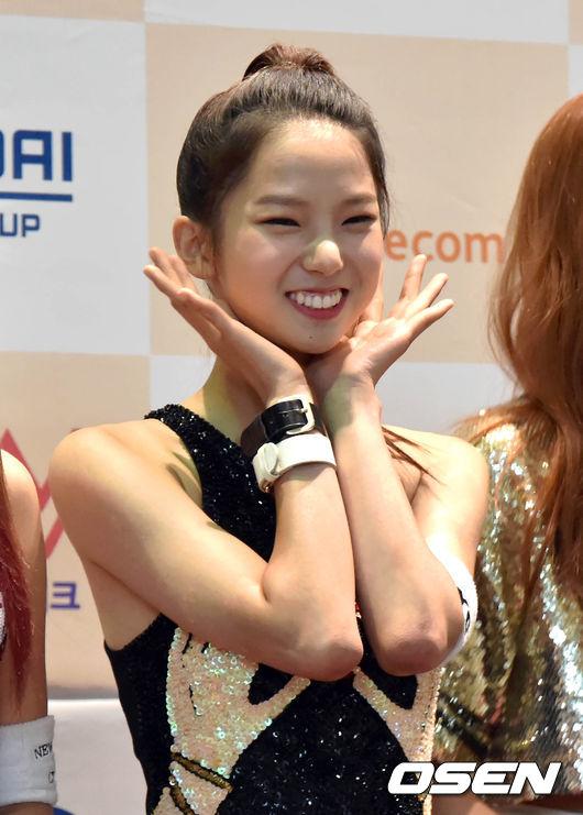 CLC  Yu Jin