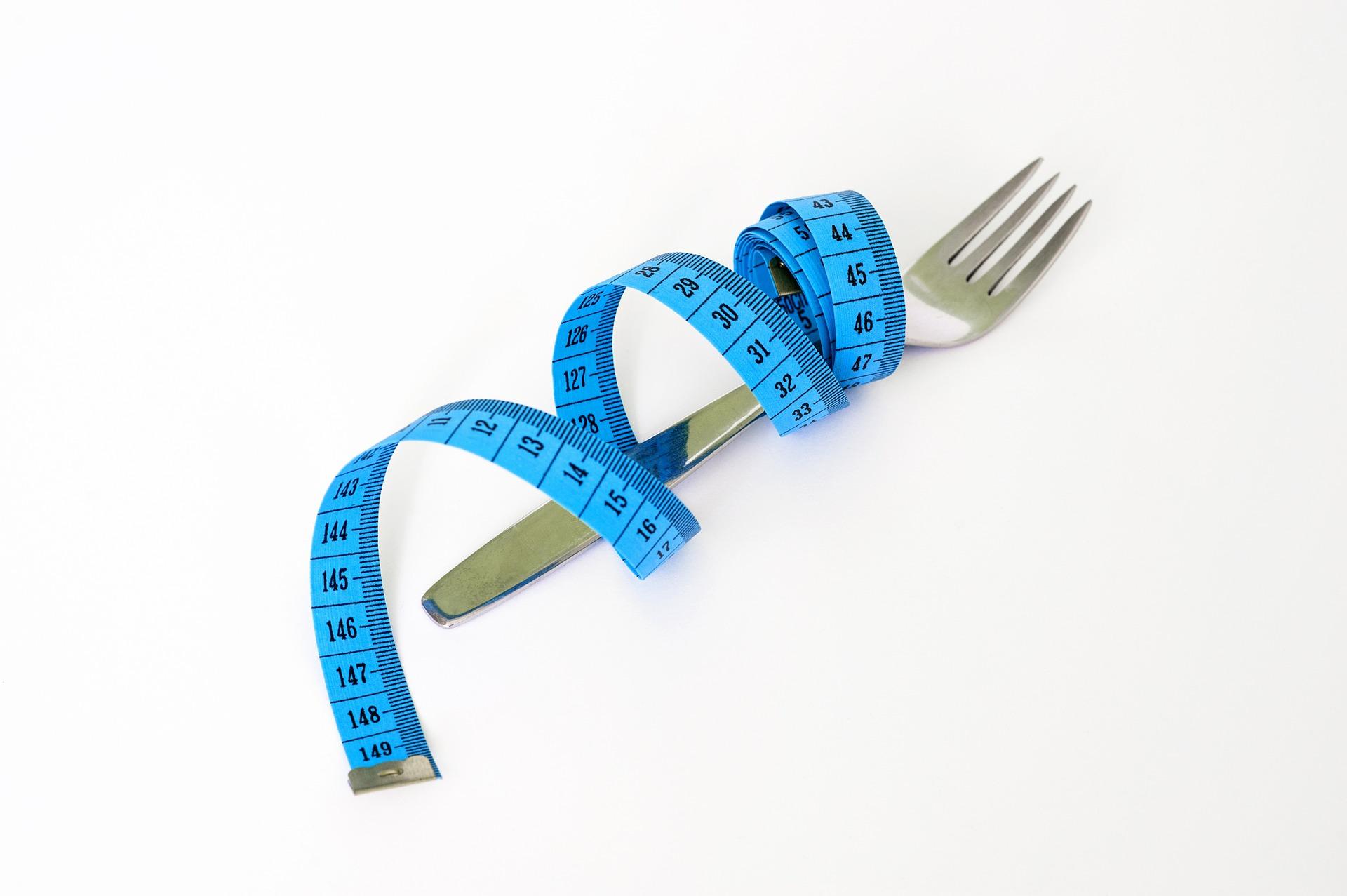 但是餓也不代表正在瘦喔~~ 記得每天一定要吃到基礎代謝量