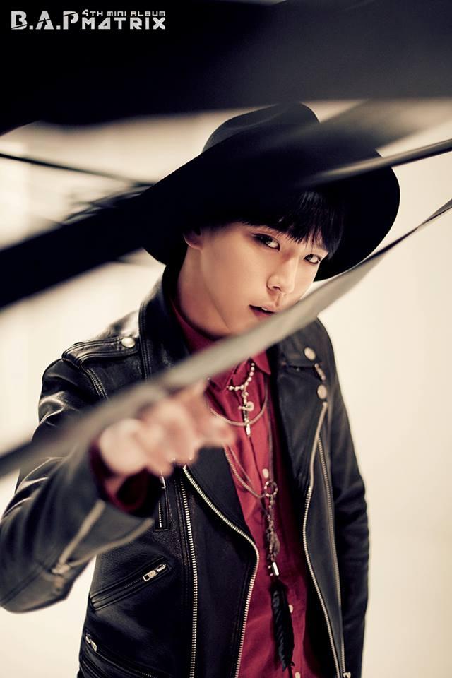 Him Chan 也在主打歌中,展現出令人驚豔的 RAP 實力,跟方把拔一樣是中低音的他,多了一點沙啞聲音,真的很有魅力。