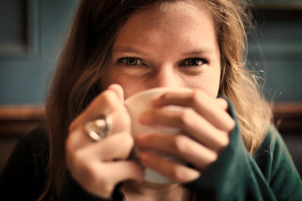 1.熱飲 拿在手上或是喝下去,都可以暖暖身體