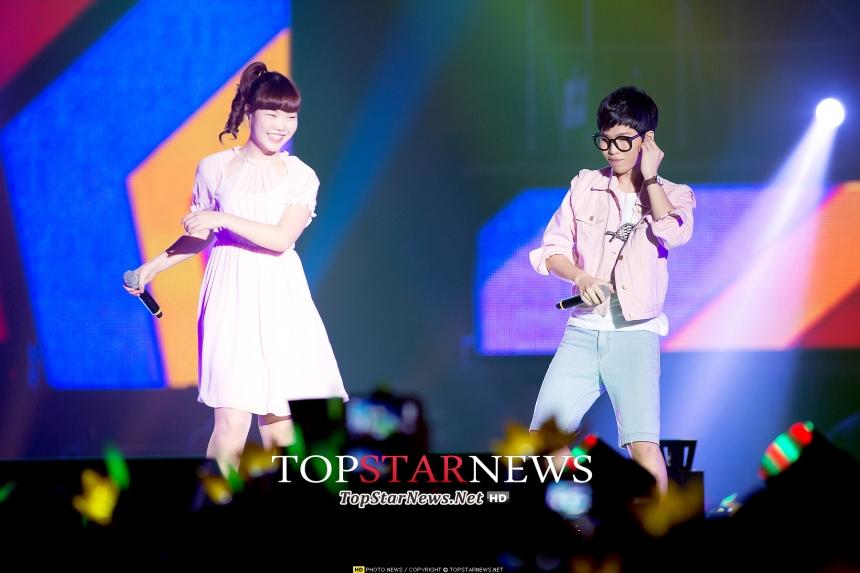 而《KPOP STAR》第二季的冠軍樂童音樂家,妹妹秀賢當年才13歲~沆拎沆拎的又有什麼關係?