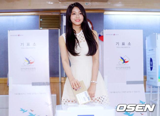 雖然雪炫投票的照片,其實是在上個週末的事前投票時所拍的…