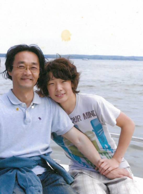 最後提醒大家:tvN最新的實境節目《爸爸與我》即將在下月初上映,BOBBY作為七名兒子中的忙內,也是網友門最期待他在節目中與爸爸的互動!大家記得死守本放喔:-O