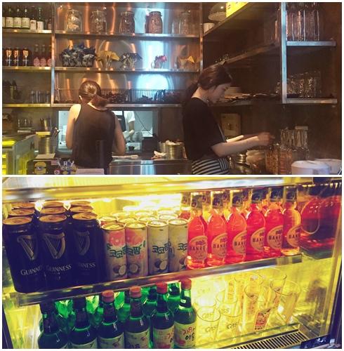 小編坐在一樓剛好旁邊就是櫃台,有調飲料的專門區域和冰櫃,以及很美麗的韓國服務生♥