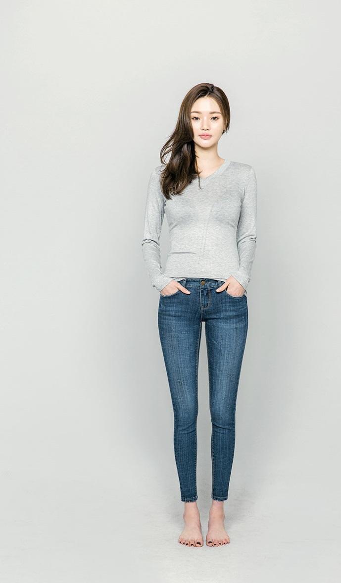 #緊身褲 緊身褲雖然可以修飾腿型,但是肉肉女生穿,真的會看起來更胖喔!