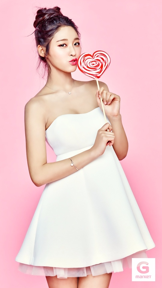 然而擁有天使臉蛋、魔鬼身材的雪炫,看似沒有任何缺點的她,網友們卻說她有個唯一不漂亮的地方…?
