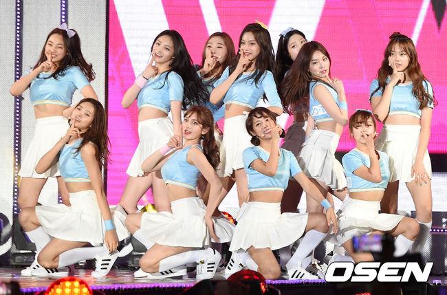 YMC娛樂將在本週發布小分隊的成員名單,預計將在6月進行錄音、7月回歸,但具體的活動時間及內容均為未知....