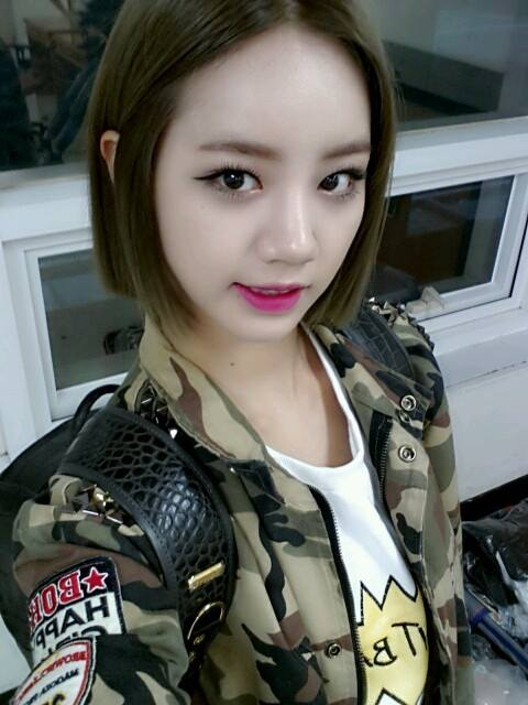 TOP3. Girls Day - 惠利 2014年參加綜藝節目《真正的男人》之後名聲大開的惠利,會被選為第三名也不奇怪啦~