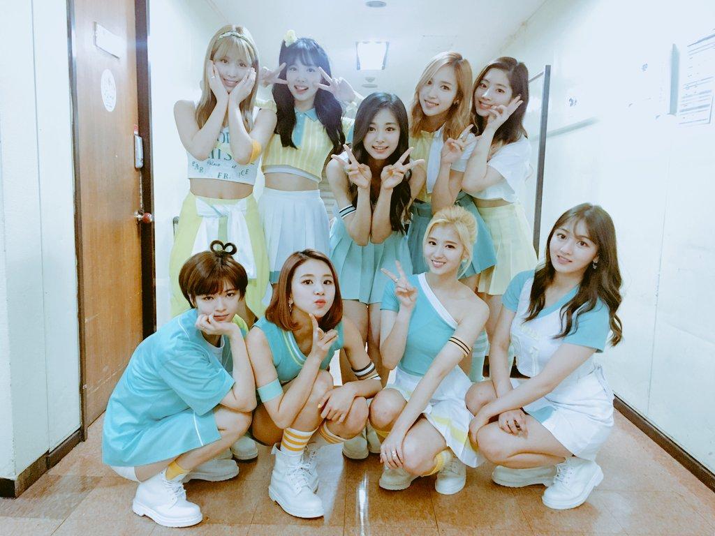 TWICE用好歌和 #샤샤샤 帶來的超高人氣,成為現在韓國綜藝界最炙手可熱的新人團體,最近成員各別或分別上的節目陸續播出,歌迷們當然覺得幸福滿滿