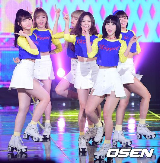韓國網友都替OH MY GIRL感到高興!認為OH MY GIRL 或許在韓國仍有些不足,但她們的努力在海外得到認可,遲早有一天在韓國會更有人氣的!