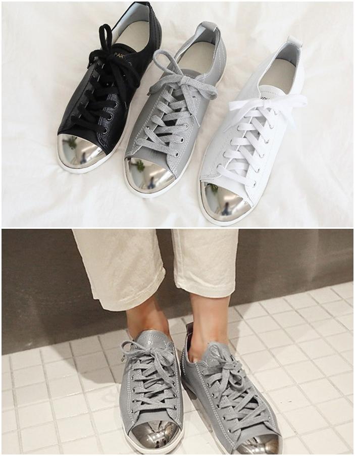 ♯ 造型休閒鞋 想要有點變化的人一定要試試金屬配色的鞋款 ! 黑白灰最好配穿搭了,加上一點不一樣材質的設計更有獨特的風格