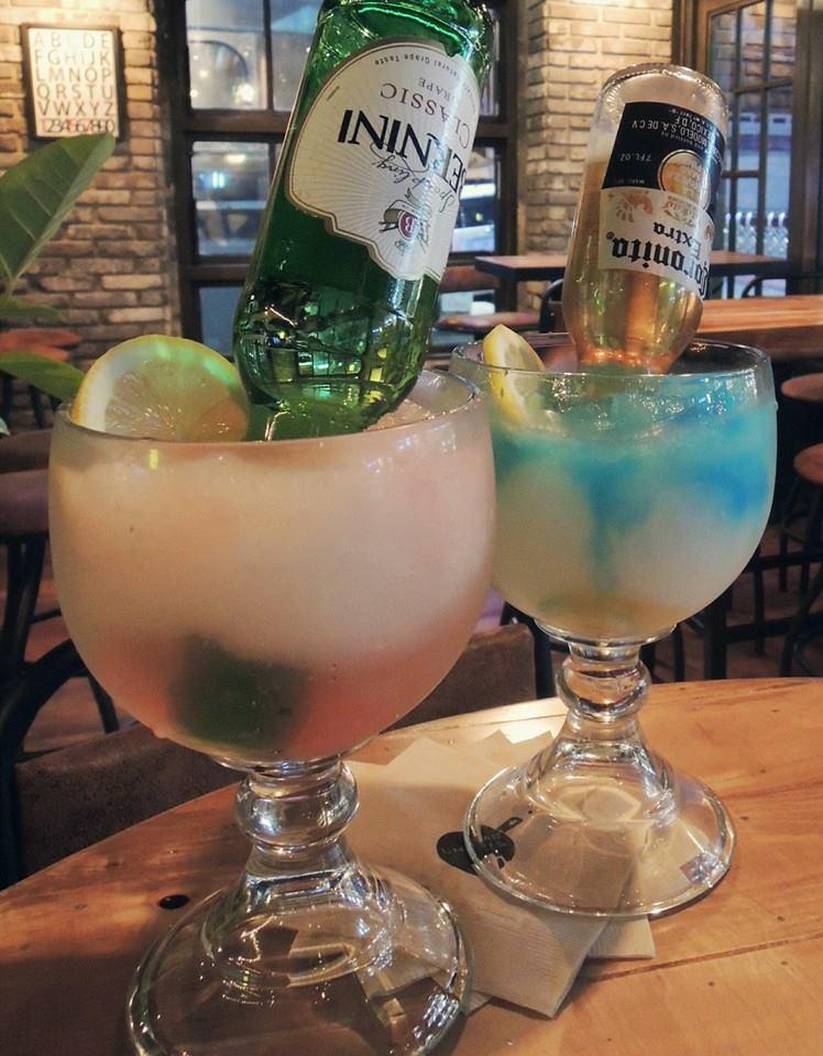 還有~裡面的這個Berninirita和Coronarita,真的讓飽兒一喝就愛上~趕快找個周末和好友一起小酌一下吧! (飽兒提醒:未滿18歲不能喝酒喔~)