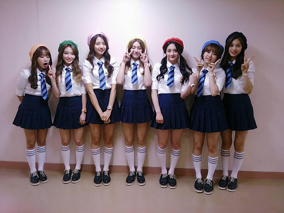 選秀節目限定女團I.O.I,自從宣布了子團後,以7人形式活動~