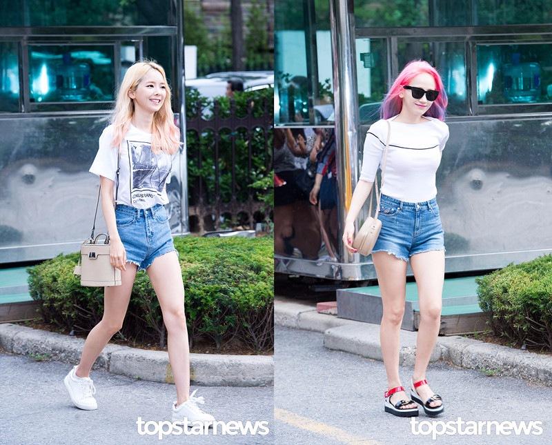 ♪白襯衫or白T X 短褲 丹寧短褲也是女孩們夏天的必備單品,搭上一件簡單的白T,把白T塞進丹寧短褲裡就是韓妞夏天最喜歡的Style之一。