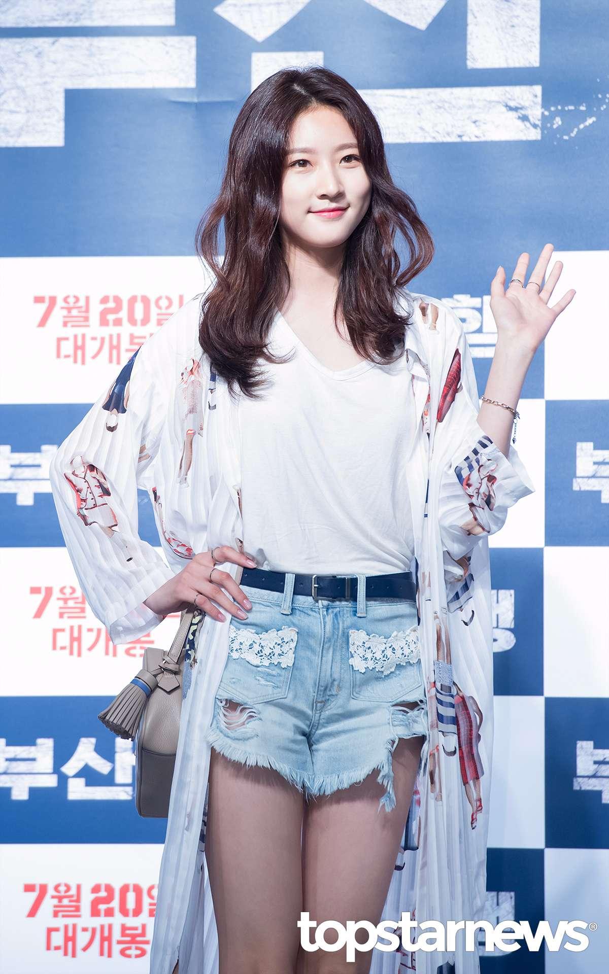 童星出身的金賽綸今年才要滿16歲,在這小小年紀已經參與過多部電視劇、電影的演出,有多樣的演藝經驗,也得過不少獎項,被視為韓國新一代女演員代表之一